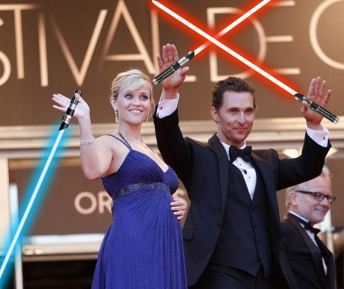 Reese Witherspoon et Matthew McConaughey en show laser à Cannes 2012